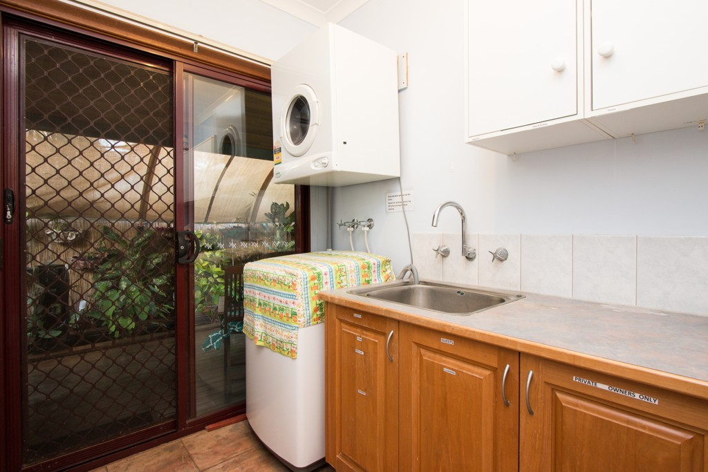 The ground floor rooms also have access to the laundry and there is ample line space outside