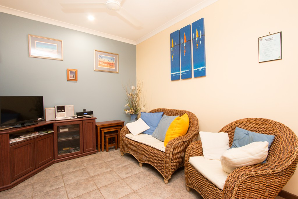 There is a TV, DVD, books and games available in the sitting room